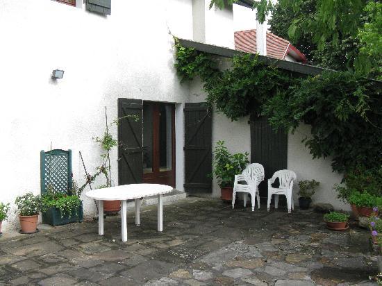 A Yeremie: Terrace Room's Patio