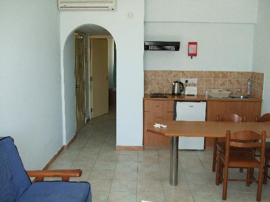 Pafian Park Holiday Village: our 2 bedroomed apartment