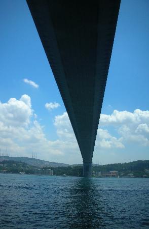 Istanbul, Turki: Il ponte Ataturk, Europa ed Asia si incontrano