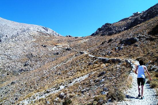 Ancient Thera: hiking to the ancient city of thera