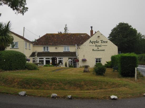 Apple Tree Hotel: view of the hotel