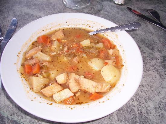 Island Blues : mahi-mahi soup