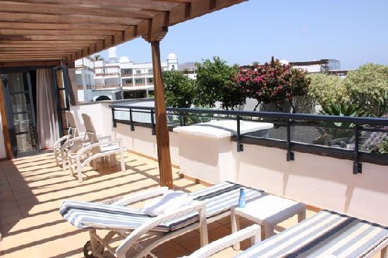 Princesa Yaiza Suite Hotel Resort: private balcony 38m²