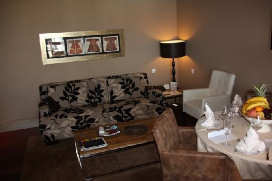Princesa Yaiza Suite Hotel Resort: the living room