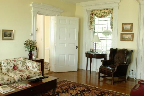 Wades Point Inn on the Bay: find a good book or game in the parlor