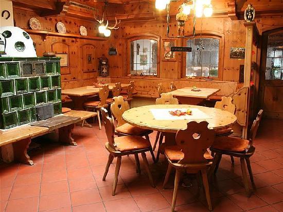 Hotel Schmidbraeu : Stammgastraum