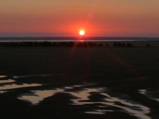 Provincia de Inhambane, Mozambique: Sonnenuntergang bei Ebbe