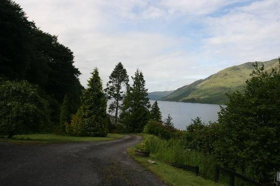 Corriegour Lodge Hotel: Loch Lochy from the Hotel