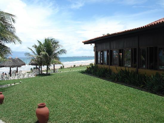 Pousada Tabapitanga: Vista lateral do restaurante