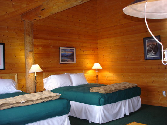 ‪‪Glacier Bay's Bear Track Inn‬: Guest Room‬