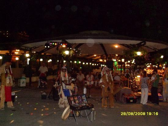 Sables d'or, Bulgarie : Nightime in Golden Sands