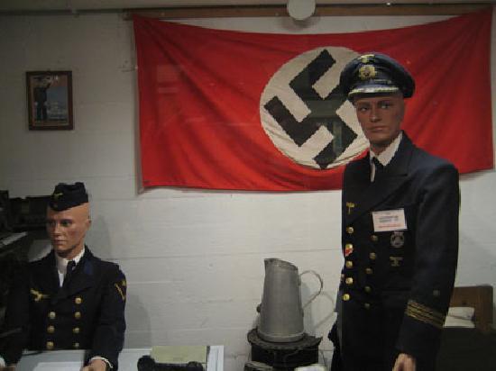 Second World War Museum (Musée de la Guerre): German Navy Officer