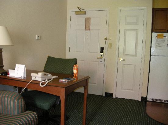 Residence Inn Houston-West University: Desk