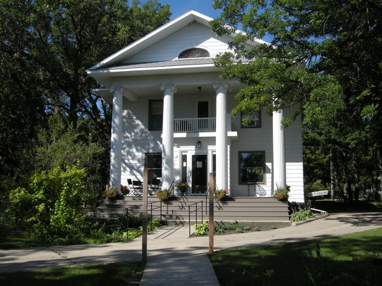 Walhalla, ND: The Sanctuary Guest House