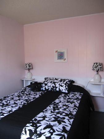 Pass Motor Inn : Room