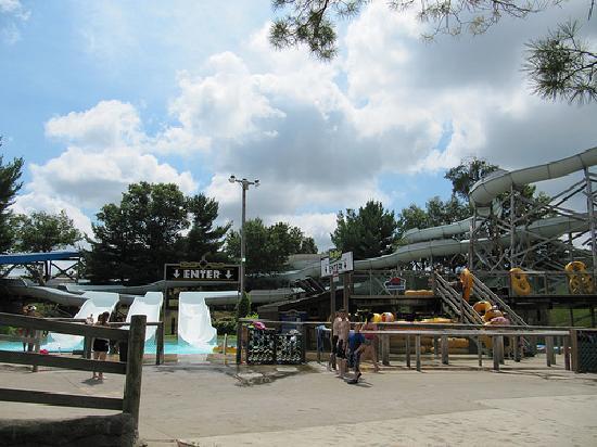 Noah's Ark Water Park: Family Tubes