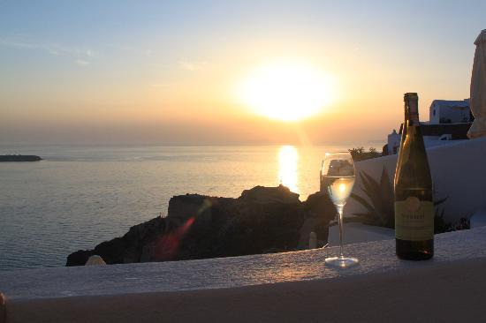 Spitia Houses: Enjoying one of many sunsets