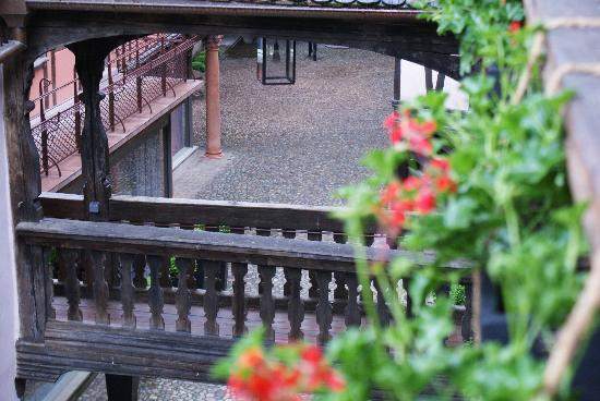 Hotel Cour du Corbeau Strasbourg - MGallery Collection: Blick in den Innenhof