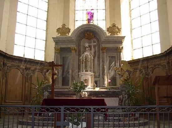 St. Sindulphe : main altar