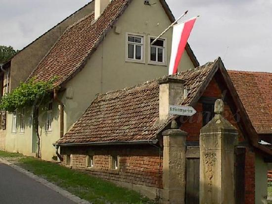 Kirchenburgmuseum: way to the picknick area