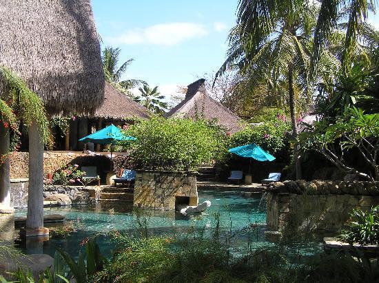 Novotel Lombok: garden pool