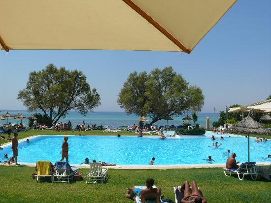 SENTIDO Le Sultan: la piscine