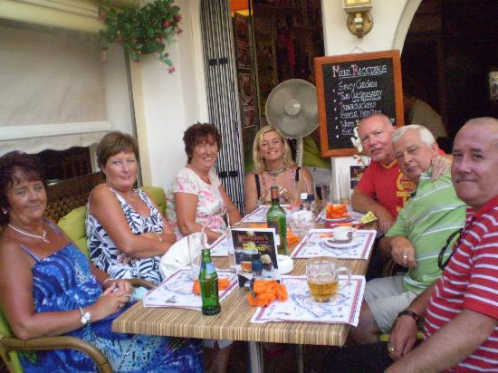 Indiana Johns Cala Dor: Good food, Good friends.