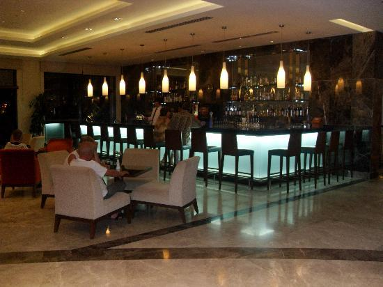 TUI Sensimar Side Resort & Spa: Lobby Bar