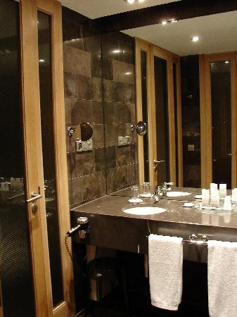 Sercotel Las Margas: Bathroom