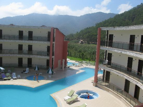 Adrasan Bay Hotel: View from main balcony....all rooms have rear balconies