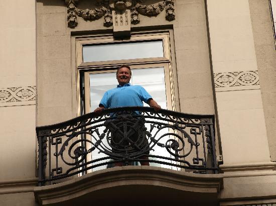 Hotel Montecarlo Barcelona: Balcony
