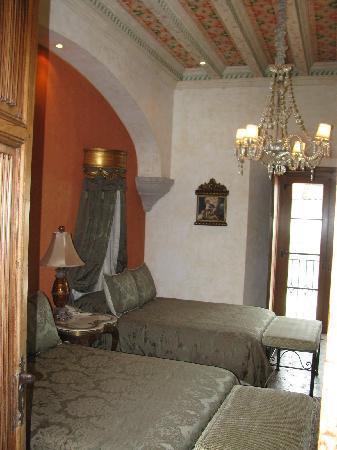 Palacio de Dona Leonor: Dona Lucia bedchamber