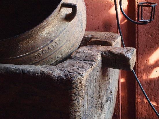 Cafe de Conchis: Inside Doña Conchi's