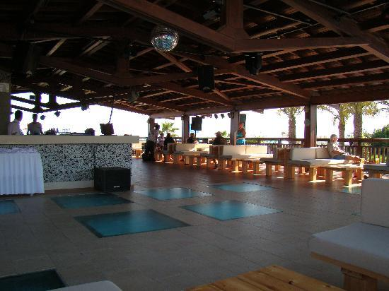 Liberty Hotels Lara: Beach bar
