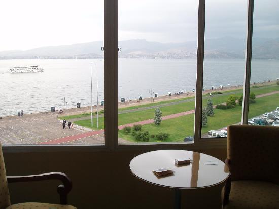 Hotel Izmir Palas: Ausblick vom Zimmer