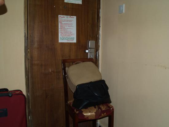Crystal Palace Hotel: The only way to keep the door closed