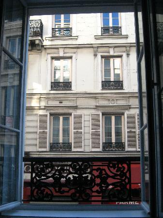 Hôtel Design Secret de Paris : View from the Trocadero room