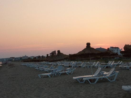 Grand Hotel Temizel: beach
