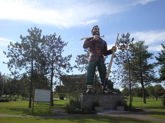Bangor, Maine: Paul