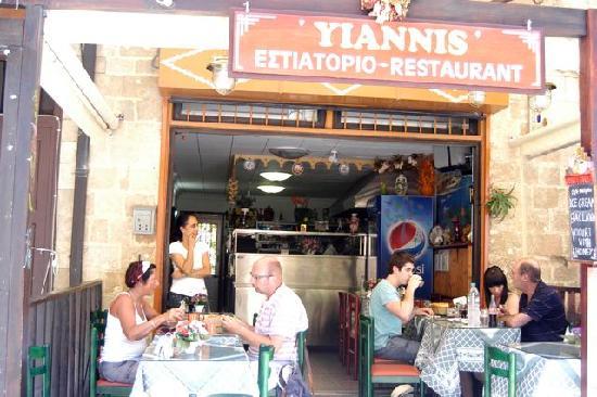 Yiannis Restaurant Rhodes old town