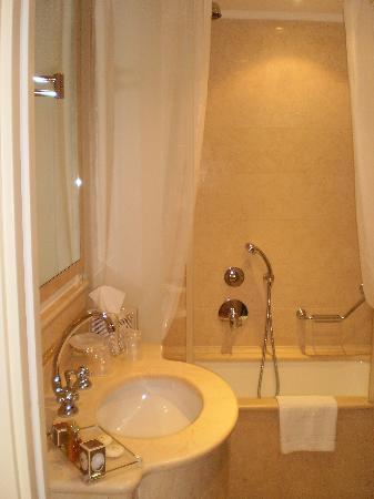 Hotel a La Commedia: baño