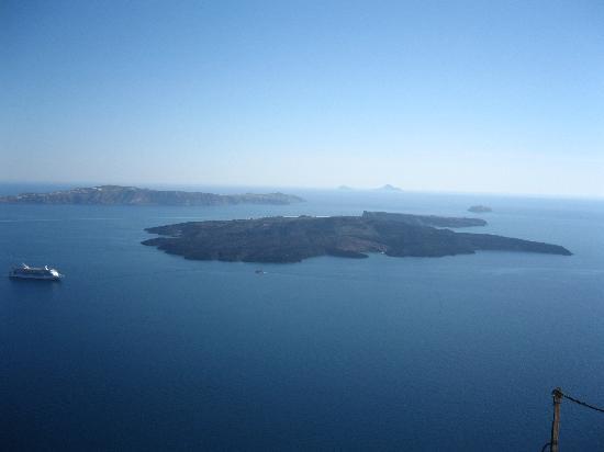 Merovigla Apartments: volcano island and caldera