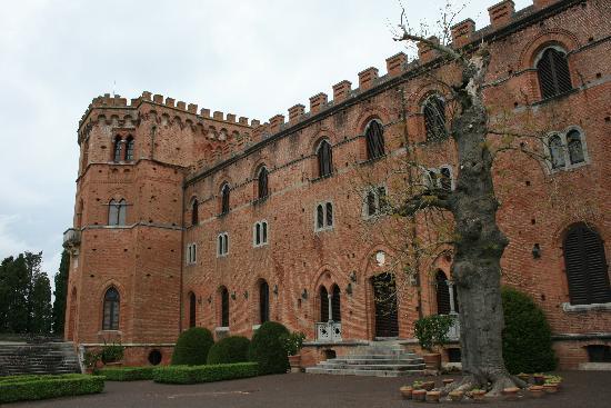 Gaiole in Chianti, İtalya: Castello Brolio