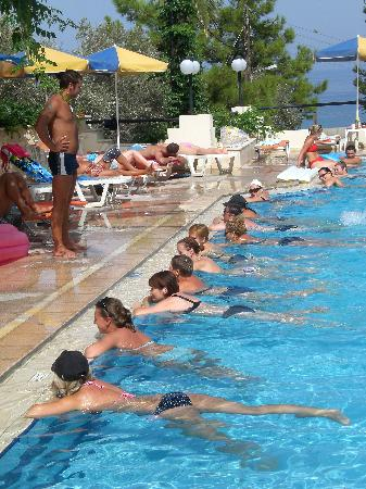 Rethymno Sunset Hotel: pool games