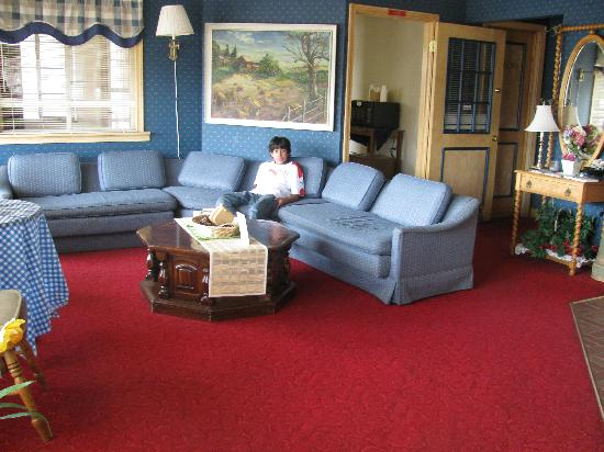 Beaver Falls Motel: Lobby