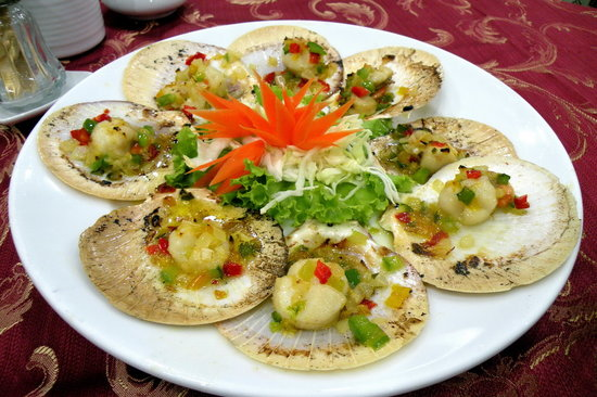 Somboondee Seafood Restaurant: quite good