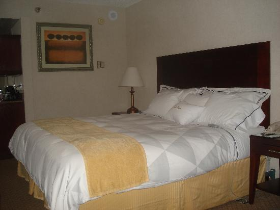 Doubletree by Hilton Dallas / Richardson: Select Comfort bed