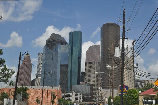 Best Western Plus Downtown Inn & Suites: Blick vom Hotel Richtung Innenstadt