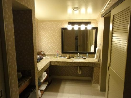 Sycuan Golf Resort: Large Bathroom