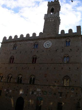Lenzi's B&B: Volterra